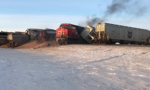 Fire breaks out after train derails in Saskatchewan, Canada