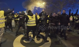 Clashes between taxi drivers and riot police in Madrid during anti-Uber protests