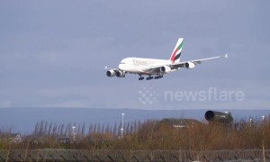 Pilot skilfully lands Airbus A380 despite near-50mph winds at Manchester Airport