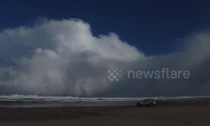 Massive snow cloud rolls into Northern Ireland beach