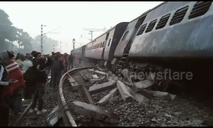 Train derails in India killing at least 7 and injuring many