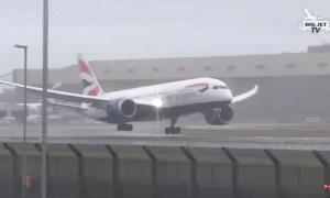 Pilot tries to land plane in heavy winds, forced to immediate take off into air
