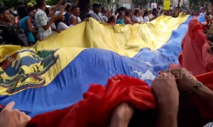 Protests sweep Colombian border city holding aid to Venezuela