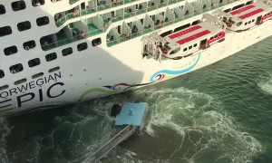 Cruise Ship Crashes while Coming into Port