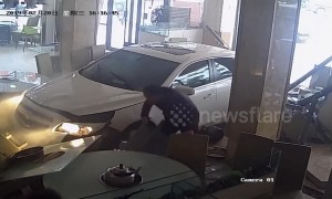 Nervous newbie driver smashes into restaurant in China's Sichuan after mistakenly accelerating