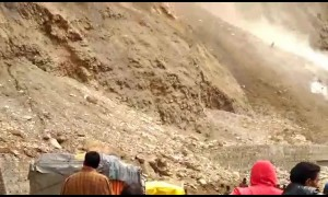 Spectacular landslide captured in Indian-controlled Kashmir