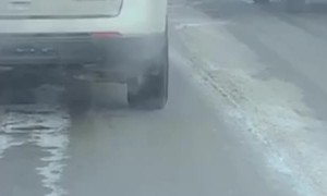 Motorist Launches Water Bottle in Traffic