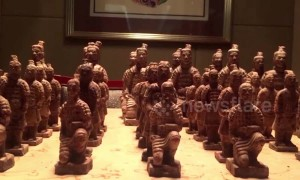 Creative chocolatier make Chinese 'terracotta warrior' chocolates
