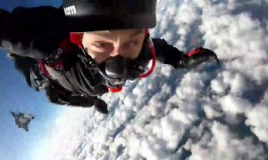 'My eyes started to freeze!' World record paraplegic skydiver suffers goggle mishap during jump