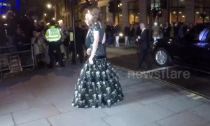 Kate Middleton and the Beckhams arrive at National Gallery Gala