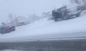 Snow Storm Causes 30 Car Pileup in Montana
