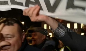 Pro- and anti-Brexit protesters clash outside UK parliament