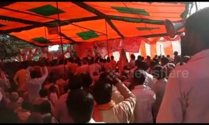 Many injured when stage collapses at Indian political meeting