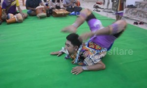 Amazing Thailand celebration makes flexible dancers look boneless