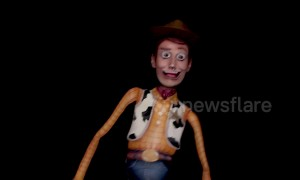 Artist transforms into Woody from Toy Story in amazing body paint
