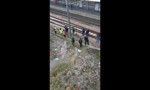 Protesters in Angers block train tracks ahead of Macron visit