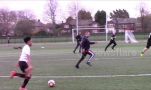 Parents of U10 football team have charity match with some hilarious fails