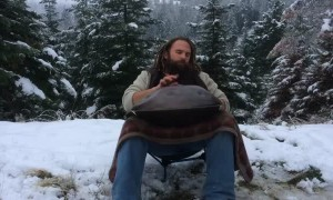 Ethereal in E Performs Gorgeous Handpan Piece