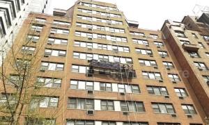 Window washer killed by falling brick in Manhattan, NYC