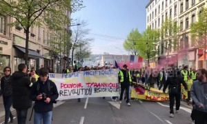 One thousand yellow vest protesters take to streets of Lyon