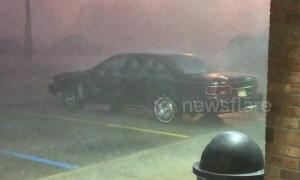 Storm lashes Jackson, Mississippi