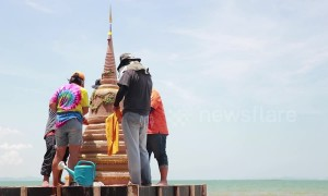 Beachgoers make amazing sand temples to mark Thailand's Songkran new year
