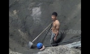 Man buried alive under 4 meters of rubble is rescued by man and machine