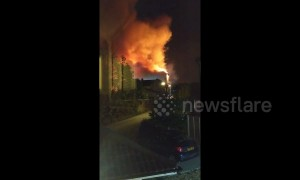 Huge fire in Bristol factory causes homes to be evacuated