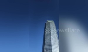 Horrifying moment skyscraper window washer's almost plummet to their death in Oklahoma City