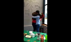 Boyfriend makes surprise proposal in coffee shop as girlfriend goes to buy breakfast