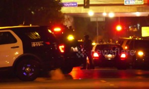 Deadly shootout and five-hour standoff in Los Angeles, USA results in suspect arrest