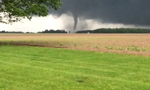 Memorial Day Twister in Marion