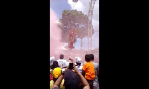 Guatemalan mayor stuns crowd by wearing Iron Man costume at campaign event