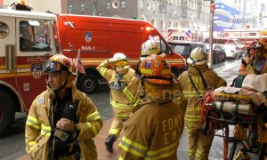 Helicopter crash into Manhattan building kills pilot, draws NYC into high alert with reaction from mayor and building workers