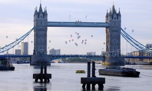 London Balloon Regatta launches across river Thames