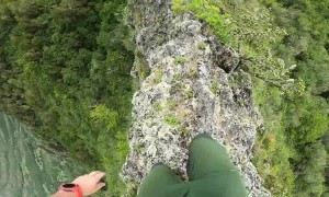 Hawaiian hiker surrounded by stunning scenery tackles nerve-racking narrow ridge