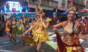 Stunning parade delights spectators in Bolivian capital
