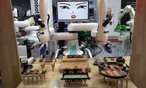 Cutting-edge robots pour beer and make sushi at trade show in Bangkok
