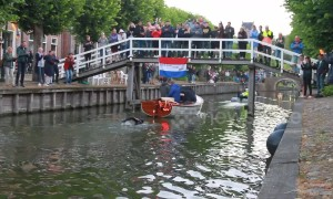 Olympic swimmer completes 196-kilometre course across the Netherlands for cancer research