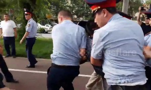 Protester arrested in Kazakhstan after insulting Nazarbayev