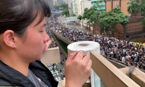 Footage appears to show police miscounting size of Hong Kong protest