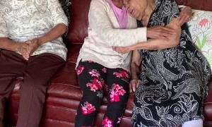 Elderly Sisters Have Tearful Reunion