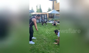Birdie! Man uses perfect golf swing to serve friend chicken nugget