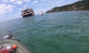 Kayakers explore haunting shipwreck in Lake Michigan