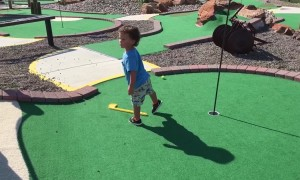 Guess This Kid Won't be a Pro Golfer!