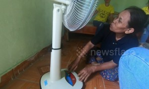 A blind Vietnamese woman's tears of joy for her first electric fan