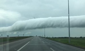 Bizarre cloud formation captured on camera in Osler, Saskatchewan