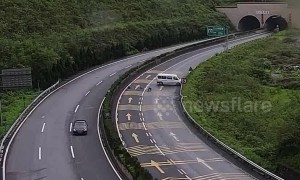 Two people thrown out of minibus after slamming into guardrails on Chinese highway