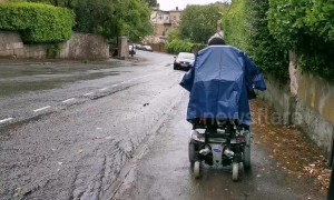 Popular disabled vlogger soaked in heavy rain during trip around Bristol
