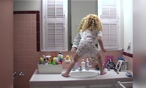 Tot Girl Is a Sink Dancing Star